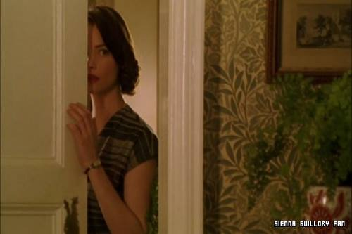 William Morris wallpaper in a 2005 episode of Miss Marple, A Murder is Announced.