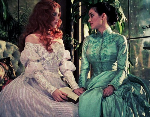 Lucy Westenra (Sadie Frost, left) and Mina Harker (Winona Ryder) in the 1992 film Bram Stoker's Dracula.