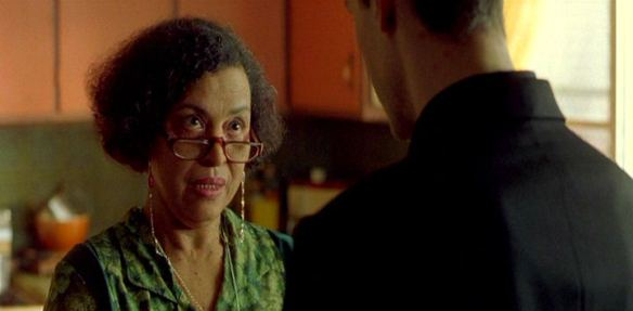 Gloria Foster as the Oracle in The Matrix, pictured here in a scene with Keanu Reeves